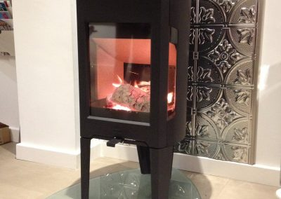 Inst Jotul F163 Glass Hearth